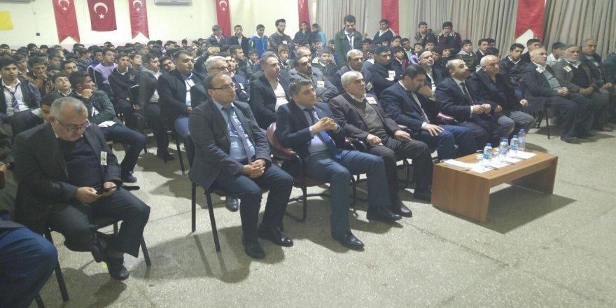 """Çınar Anadolu İmam Hatip Lisesinden """"Mevlid-i Nebi"""" etkinliği"""