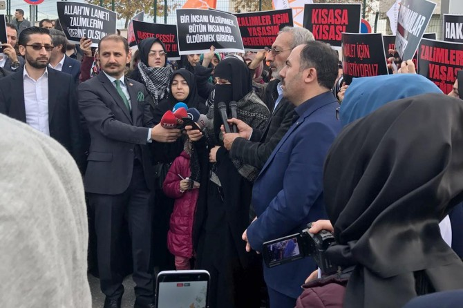 HÜDA PAR Suriyeli hamile kadının katil zanlılarının yargılandığı davaya katıldı