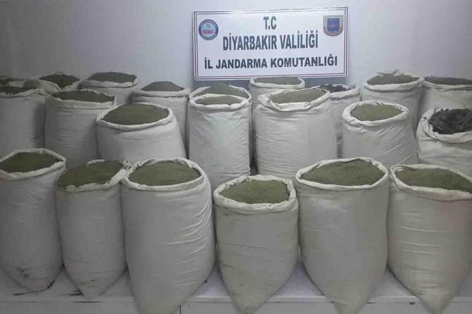 Diyarbakır'da piyasa değeri 12 milyon TL olan uyuşturucu ele geçirildi