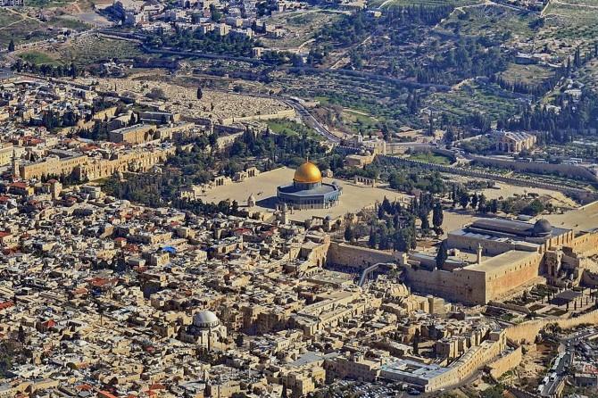 """""""Kudüs işgal altındayken ben nasıl gülebilirim ki?"""""""