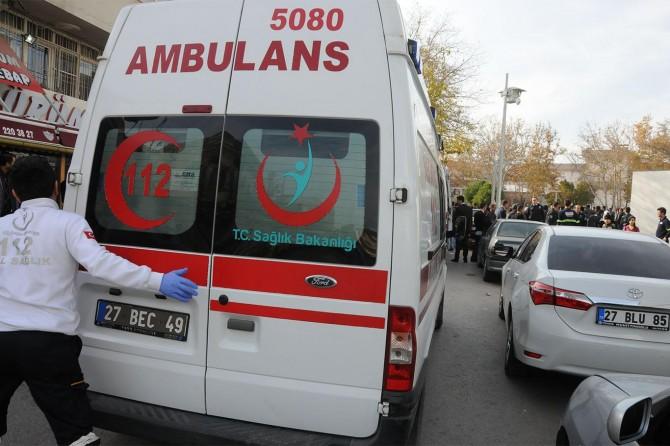 Gaziantep'te park yeri kavgası kanlı bitti: 3 yaralı