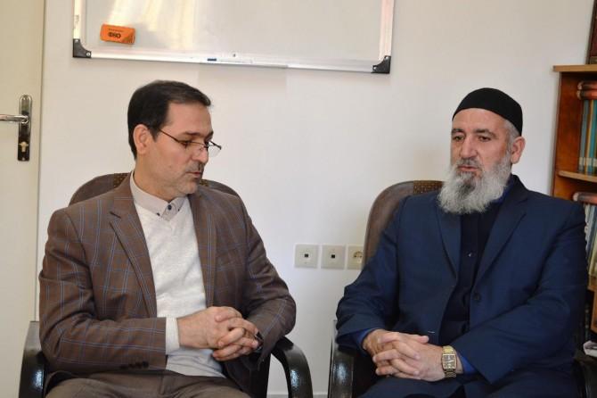 Umut Kervanı yardımların dağıtımı için İran Kızılayı ile görüştü