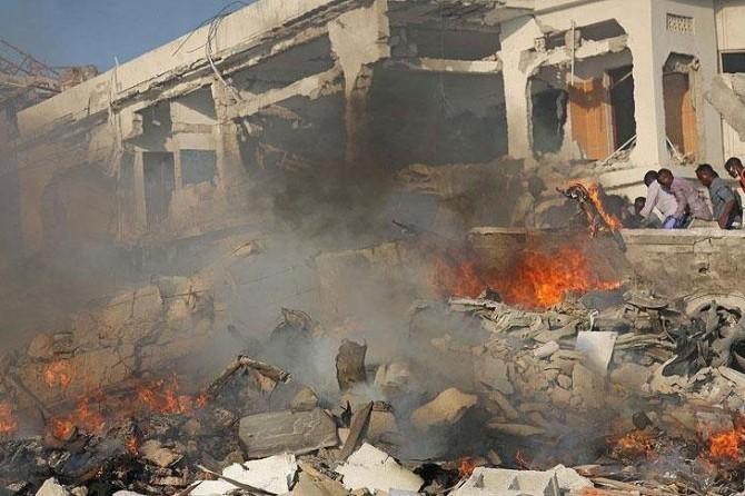 Li Somalîyê êrîşa bombeyî: Herî kêm 20 mirî