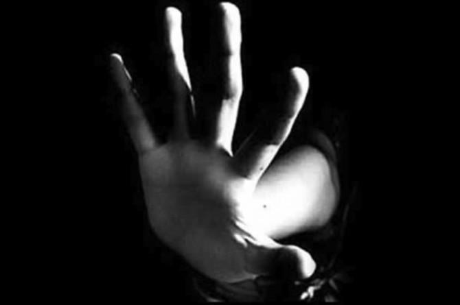 On binlerce çocuk cinsel istismara uğradı