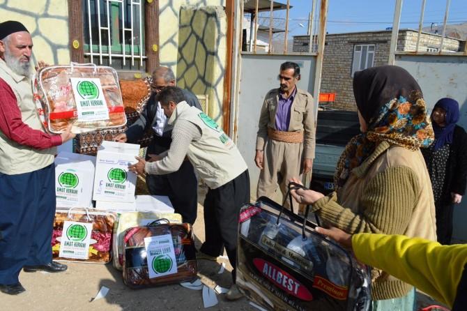 Umut Kervanının depremzedelere yardımları sürüyor