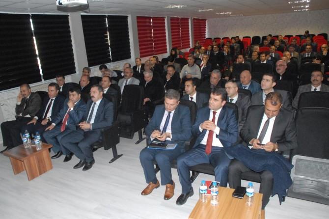 Tuşba 'Eğitim Değerlendirme' toplantısı düzenlendi