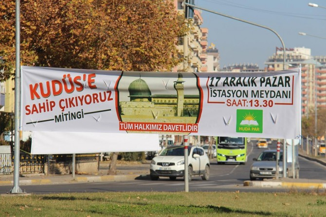 """Diyarbekir amadehîya """"Em li Qudsê xwedî derdikevin"""" dike"""