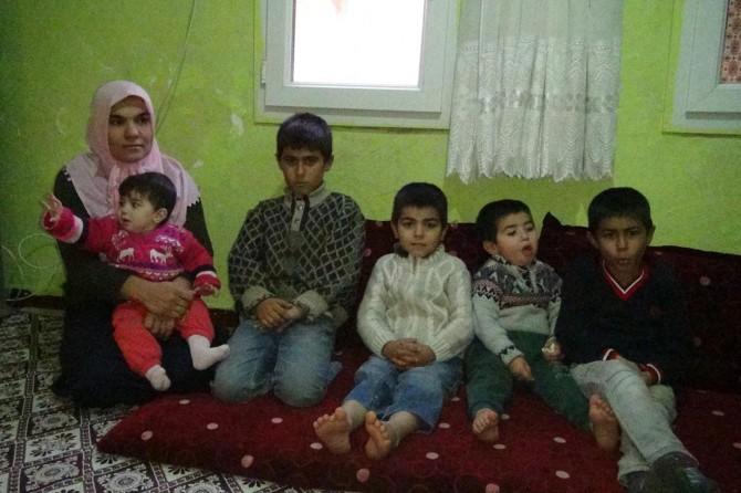 Çınar'da babaları ölen mağdur aile yardım bekliyor VİDEO-FOTO