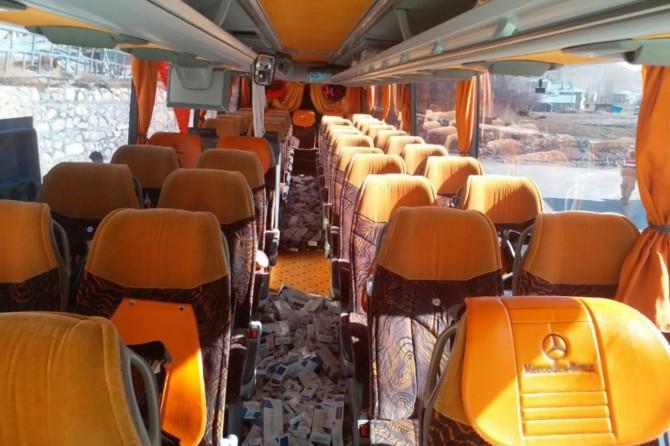 Van'da otobüs koltuklarına zulalanmış 3 bin paket kaçak sigara ele geçirildi