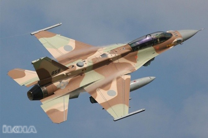 Zionist israel attacks Syrian territory