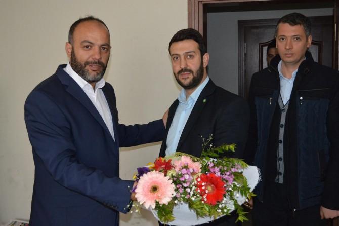 HÜDA PAR Bitlis Gençlik Kolları'ndan basın kuruluşlarına ziyaret