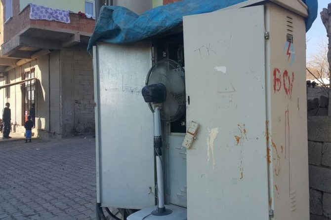 Diyarbakır Bismil'de şalteri atan trafoya vantilatörlü önlem
