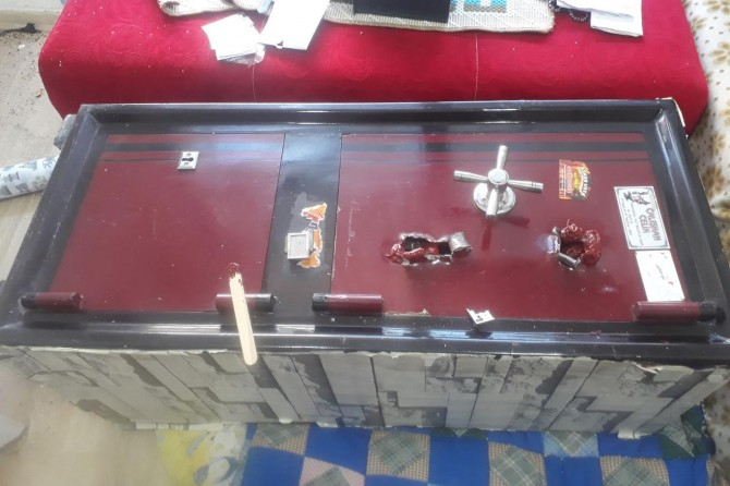 Hana giren hırsızlar 26 dükkanı soydu