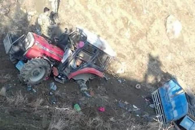 Traktör şarampole yuvarlandı: Bir ölü