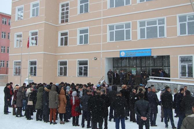 Karlıova'da okul açılışı yapıldı