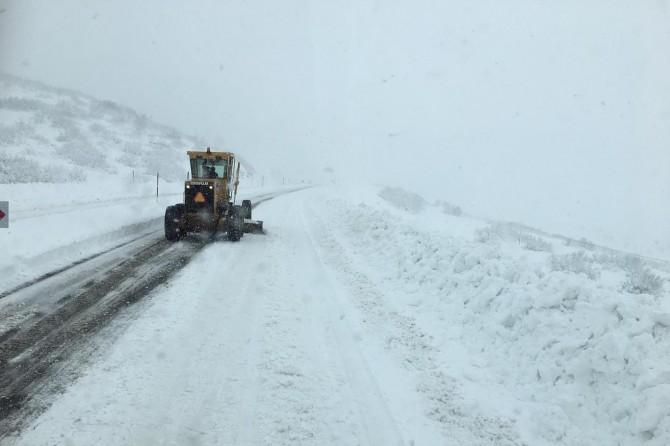 Bingöl'de 278 köy yolu ulaşıma kapandı