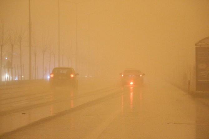 Mardin'deki toz bulutu hayatı olumsuz etkiledi