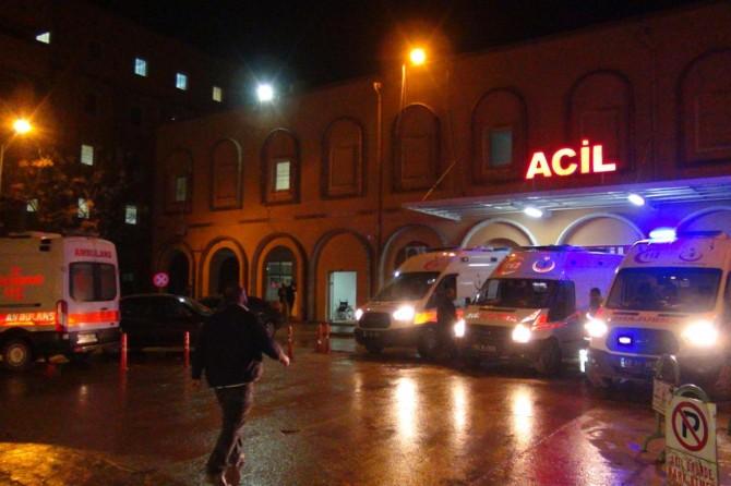 Kızıltepe-Ceylanpınar Karayolunda hasta ziyaretine giden aile kaza yaptı: 6 yaralı