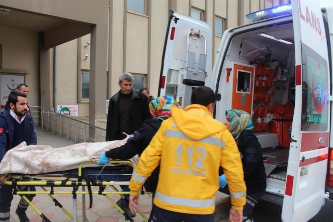 Kahta-Diyarbakır Karayolunda kaza: 1 ağır 4 yaralı