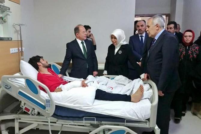 Başbakan Yardımcısı Akdağ:ABD bir terör örgütünü seçmekle yanlış yaptı