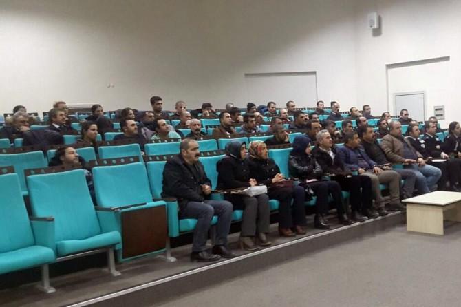 Van'da belediye personellerine uyuşturucuyla mücadele semineri