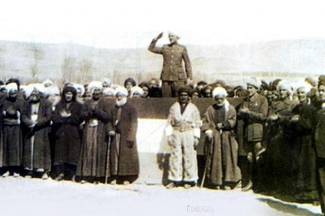 Cumhûrîyeta Kurd a Mehabadê 72 sal berê hatibû damezirandin