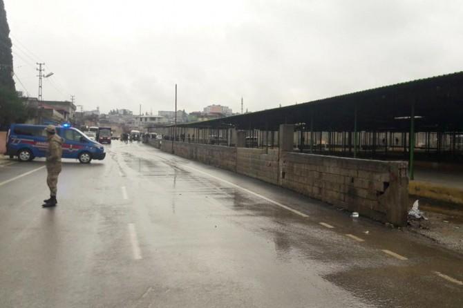 Rocket hits empty marketplace in Reyhanlı