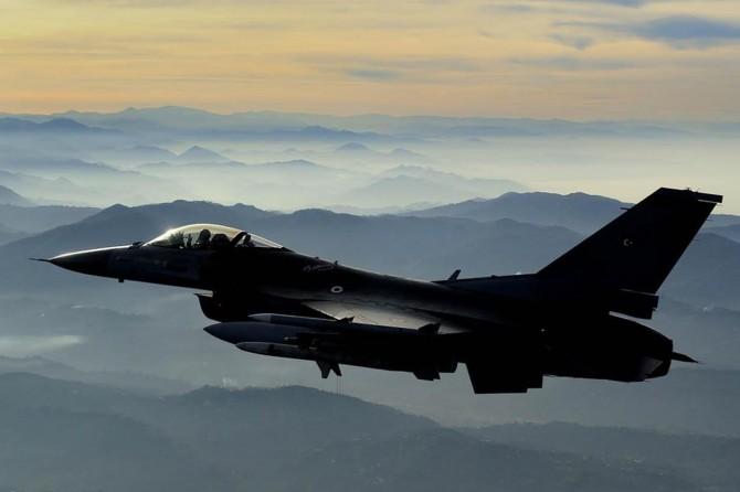 Kandil ve Asos bölgelerine hava harekâtı