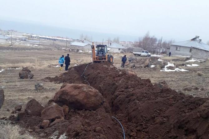 Van'da yeni yerleşim yerlerine su hattı çekildi