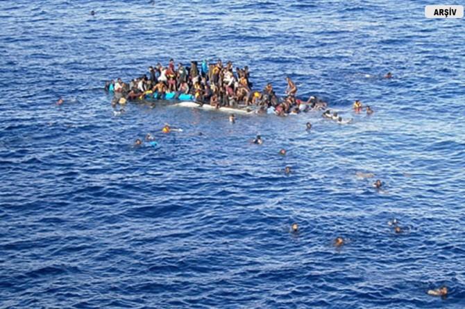 Akdeniz'de batan şişme bottan 99 kişi kurtarıldı