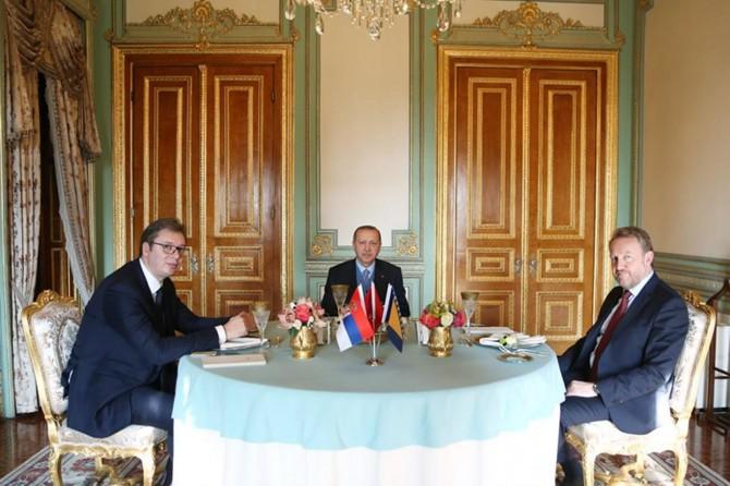 Cumhurbaşkanı Erdoğan Vucic ve İzzetbegoviç'i kabul etti