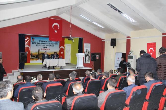 Diyarbakır Valisi Güzeloğlu Hazro'da muhtarlarla bir araya geldi