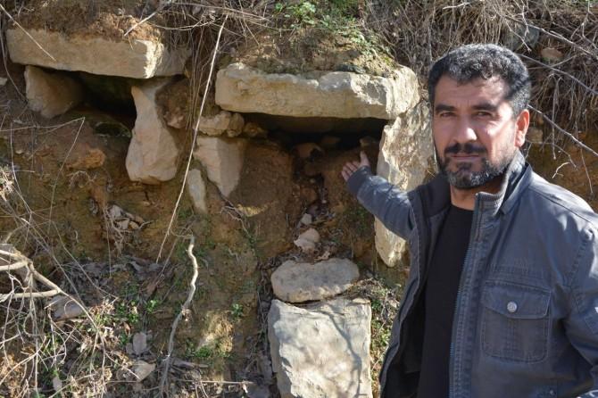 Asırlık mezarlar için istinat duvarı istiyorlar
