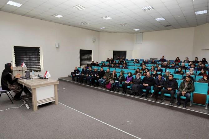 Van Büyükşehir Belediyesinden kadına yönelik şiddet semineri