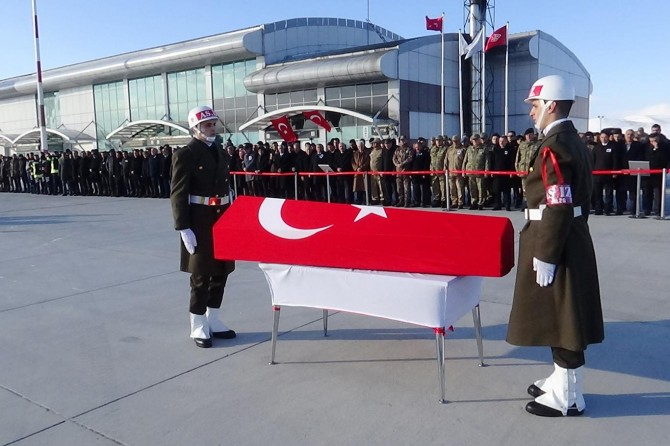 Hayatını kaybeden asker memleketine gönderildi