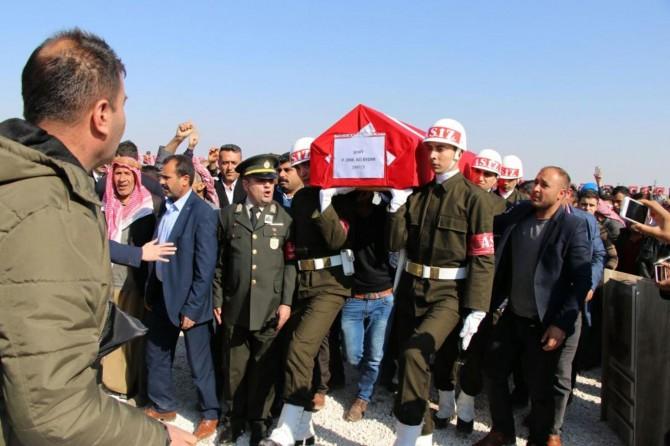 Ağrı'da hayatını kaybeden asker son yolculuğuna uğurlandı