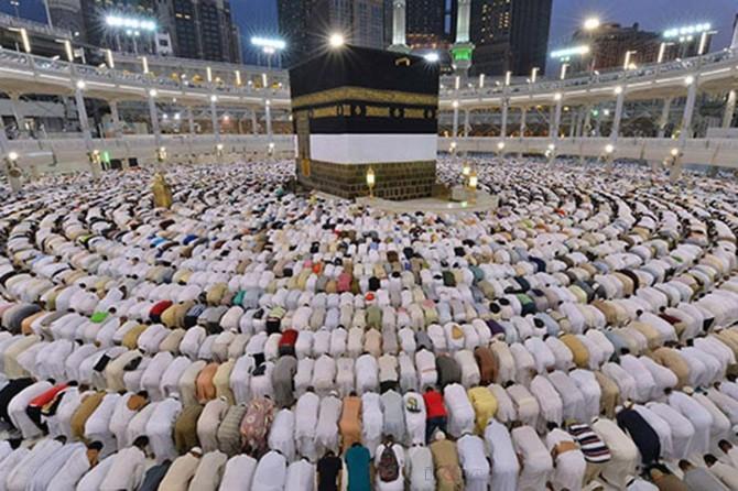 Suudi rejiminin uyguladığı kota nedeniyle dileyen her Müslüman hac farizasını ifa edemiyor