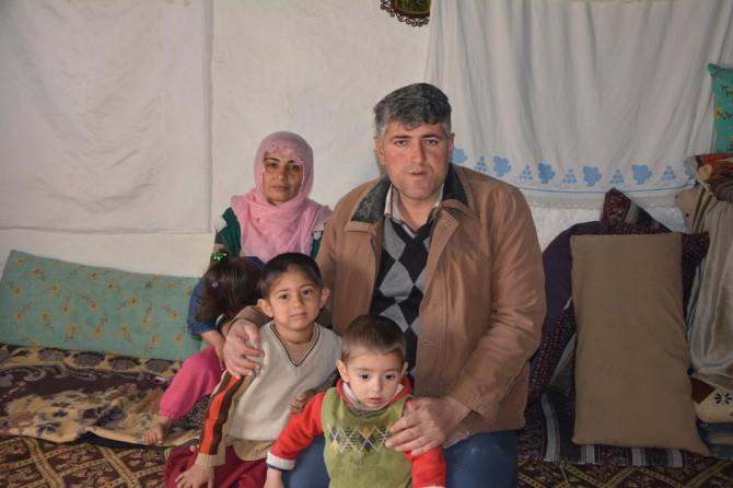 Evi çökme tehlikesi bulunan aile yardım bekliyor