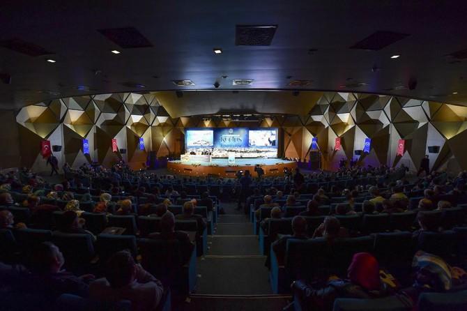 """Âlimler """"Vahyin Kutsadığı Şehir: Kudüs"""" toplantısını değerlendirdi"""