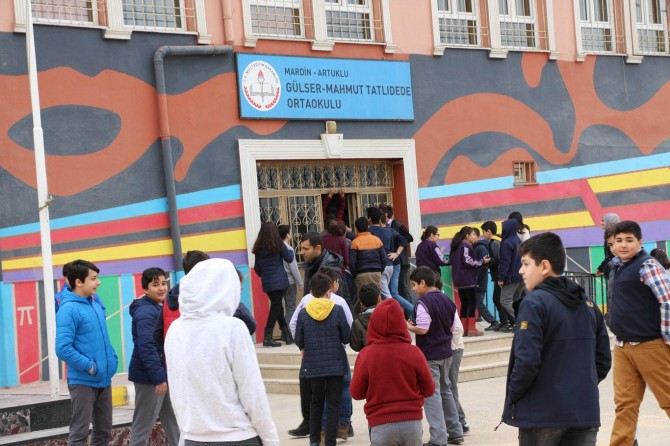 Mardin'de 250 bin öğrenci ders başı yaptı