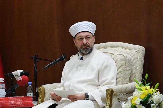 """""""İslam medeniyetinde bilgi, hikmet ve ahlak bir bütündür"""""""