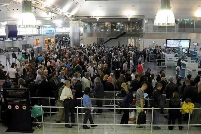 Yurt içi seyahate 3 ayda 18 milyar lira harcandı