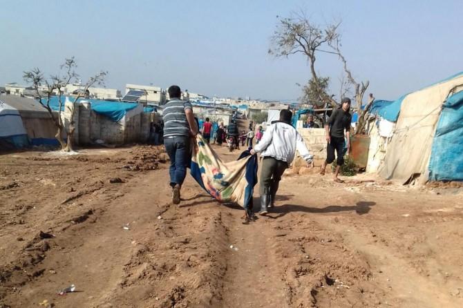 Atme mülteci kampına roketli saldırı: 3 ölü 15 yaralı