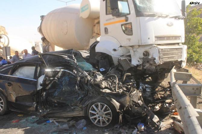 400 binden fazla trafik kazasında 3 bin 500 kişi hayatını kaybetti
