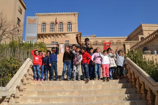 Öğrenciler tarihi mekânları gezdi