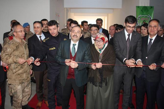 Bitlis'te Z Kütüphane açıldı