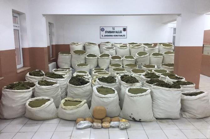PKK operasyonunda 3 ton esrar ele geçirildi