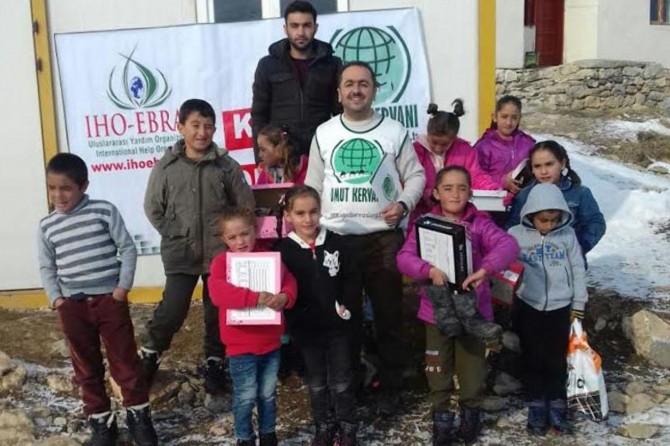 IHO EBRAR'dan Vanlı öğrencilere kışlık yardımı