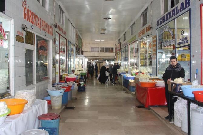 Van'ın tarihi Peynirciler Çarşısı yenileniyor
