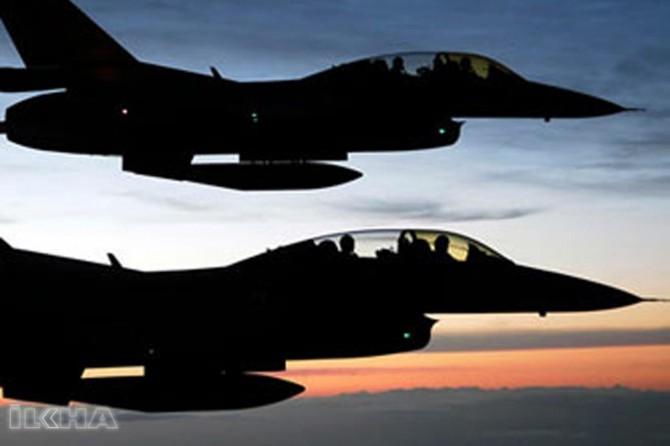 Turkish warplanes hit Afrin's center